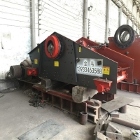 Wholesale Circular Vibrating Screen Crusher , Sand Vibrating Sieve Machine from china suppliers