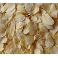 Wholesale good quality dehydrated garlic flakes without root from china suppliers