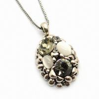 China Alloy Pendant/Fashionable Jewelry, Decorated with Czech Stone/Cat Eye/Special Classic Ellipse Design on sale