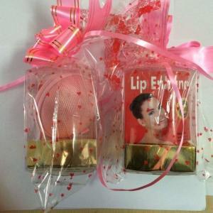 how to make lips naturally fuller