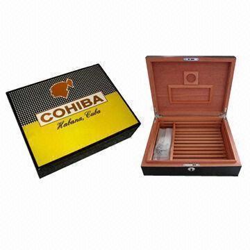 Quality Cohiba Cigar Humidor, High Gloss Finish Lined with Spanish Cedar for sale