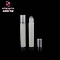 Wholesale 2020 new products white color empty cosmetic plastic roller ball bottle with steel ball from china suppliers