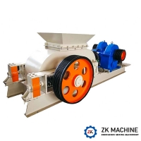 China Double Toothed Roller Stone Crusher Machine 100T/H Large Production Capacity on sale