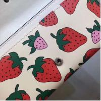 China 【GUCCI】  Gucci  Lovely little strawberry  Multi-functional single shouldered chain bag can be used as a handbag on sale