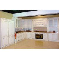 China Solid Wood Kitchen Cabinet on sale