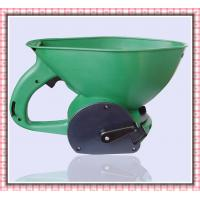 Wholesale garden spreaders/lawn spreaders/fertilizer spreader from china suppliers