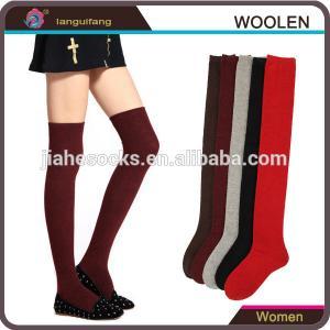 Hot selling christmas patterned design winter wool socks in high