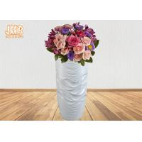 China Wavy Pattern Glossy White Fiberglass Floor Vases For Artificial Plants 3 Piece on sale