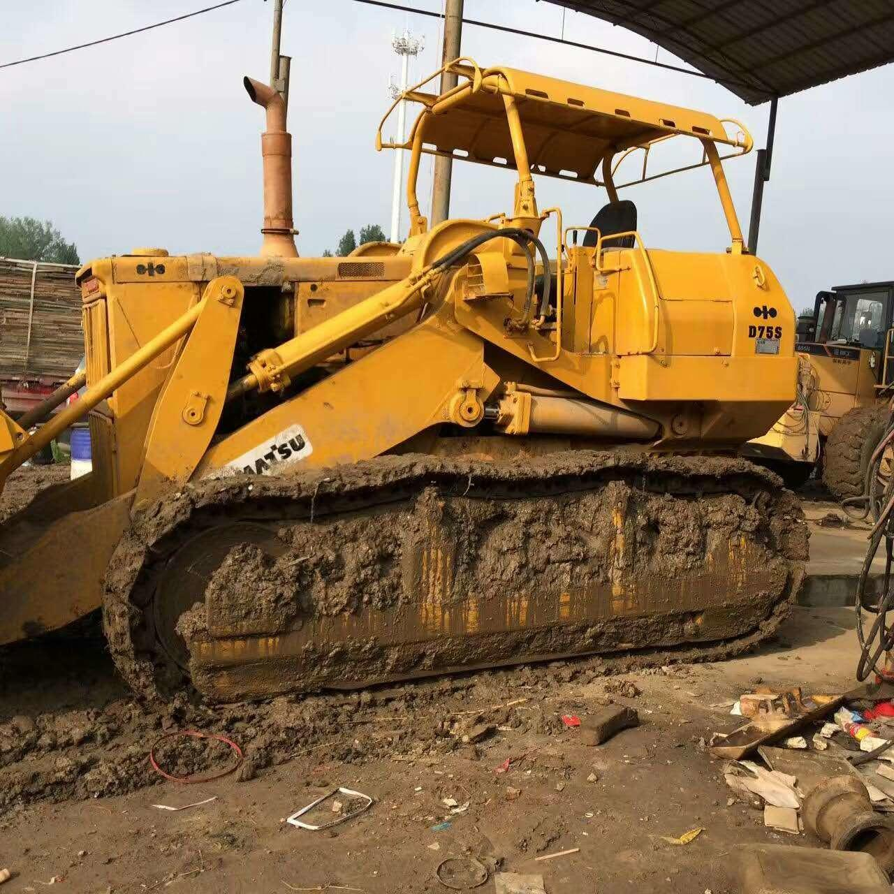 Wholesale Used KOMATSU D75S Crawler Loader from china suppliers