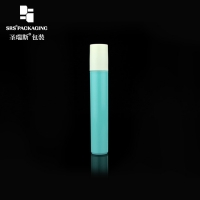 Wholesale Cosmetic plastic green color empty 15ml eye serum roller ball bottle from china suppliers