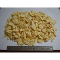 Wholesale Dried Garlic Pods Chips , Dehydrated Garlic Flakes Wtih Root Eco Friendly from china suppliers