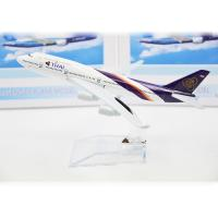 Thai B777  Resin Aircraft Model Kits 150 * 150 * 100MM Metal Souvenir Manufactures