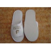 China Custom Hospital / Home / Hotel Textile Spunbond Non Woven Fabric Disposable Slippers on sale
